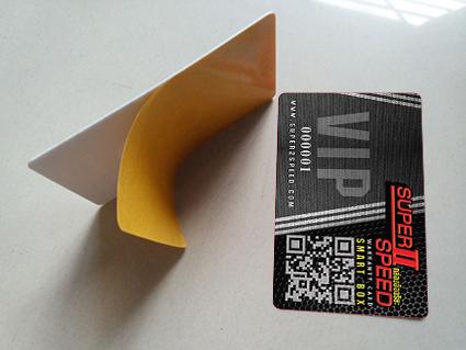 เริ่ม10ใบ สกรีนสติกเกอร์ติดคีย์การ์ด ผลิตสติกเกอร์ดิดบัตรทาบ สติกเกอร์ดิดบัตร RFID พิมพ์สีไม่ซึม เบลอ เมื่อโดนน้ำ ใช้งานได้ดี   เช่น บัตรเข้าออก บัตรที่พัก บัตรแลกภาชนะ ทำการ์ดสติกเกอร์ ติดบัตร แบบต่างๆ ดังใจ
