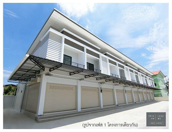 อาคารพาณิชย์ ราคาต่ำกว่าตลาด ติดถนน ใกล้จุดขึ้นลงมอเตอร์เวย์ อมตะ-ชลบุรี ใกล้โซนชุมชน พักอาศัยได้ ค้าขายดี